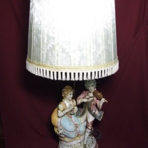 Лампа-торшер