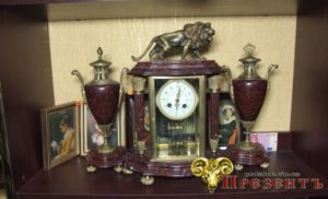 антиквариат, антикварные вещи, каминные часы, старинные часы, фарфор