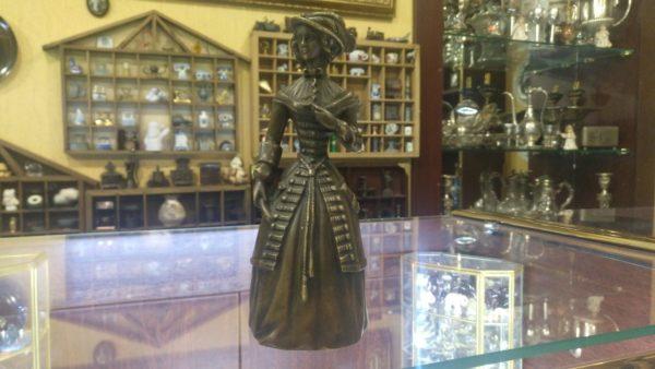 Бронзовый колокольчик Девушка в Шляпе, колокольчики, колокольчик купить, бронзовый колокольчик, подарок коллекционеру, антикварный колокольчик