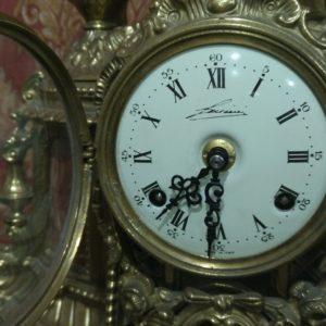 Каминные часы Влюбленная пара