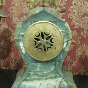 Каминные часы из оникса
