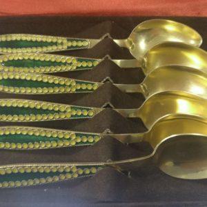 Серебряные чайные ложки