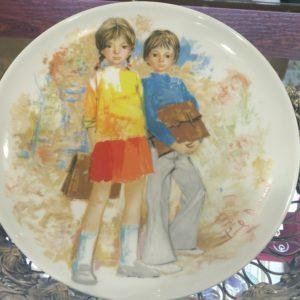 Декоративная тарелка Дети. Фарфор