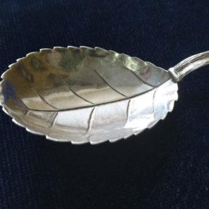 Серебряная ложка. Хильдесхаймская роза