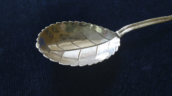 Серебряная ложка. Хильдесхаймская роза, европейское серебро, Купить столовое серебро в Украине, продать столовое серебро