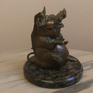 Бронзовая статуэтка Веселый кабан