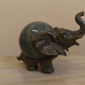 Бронзовая статуэтка Слон с поднятым хоботом