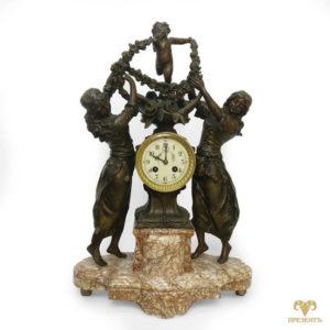 Антикварные каминные часы Амур и две грации