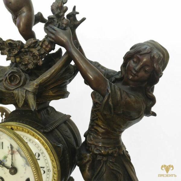 купить уникальный подарок винница, часовой механизм, антикварные каминные часы, купить антиквариат в украине, французские старинные часы, скульптуры шпиатр, часы со скульптурами