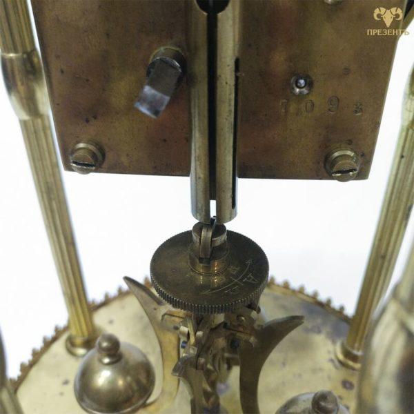 механизм торсионных часов, крутые часы в кабинет, крутые часы на стол
