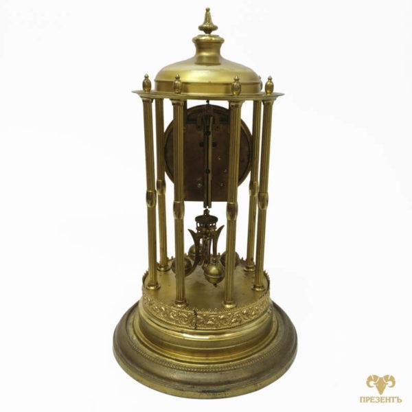 часы с заводом на год, часы с вращающимся маятником