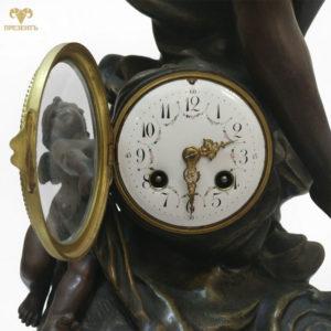 Каминные часы Богиня Аврора. Автор скульптур Leon Pilet