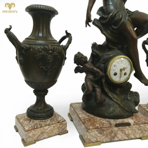 красный мрамор, антикварный магазин винница, каминные часы с фигурами