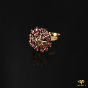 Антикварное французское золотое кольцо с рубинами