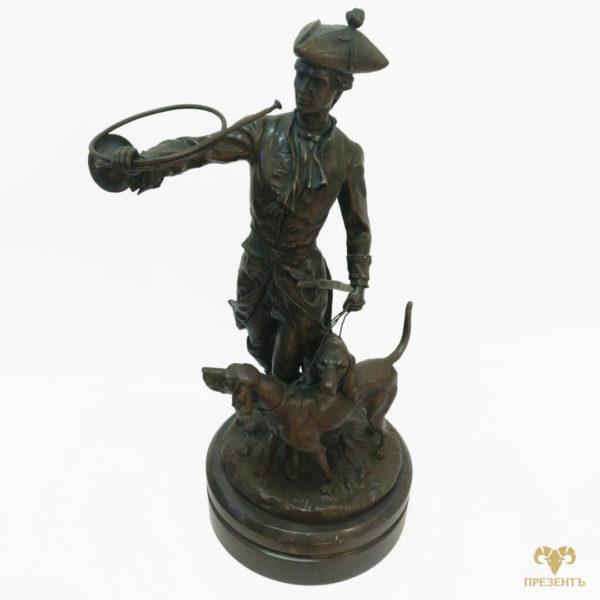 оригинальный подарок богатому мужчине, памятный подарок солидному человеку, большая бронзовая скульптура, статуя охотника, скульптура на охоте