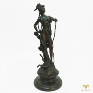 Бронзовая скульптура Богиня охоты Диана (Артемида)