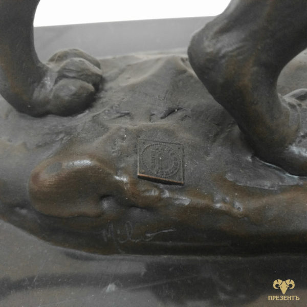 Бронзовая скульптура Лев, лапы льва, бронзовый лев, купить бронзового льва, лев символ, лев и львица символ