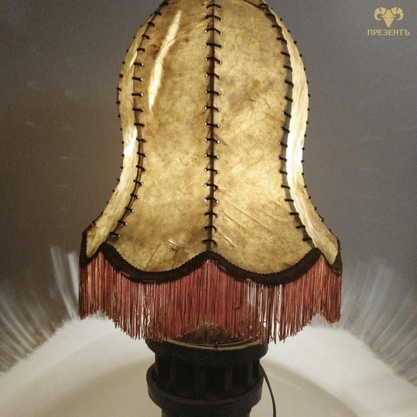 торшер на деревяной ножке, торшер с кожаным абажуром, лампа на ночной столик, купить небольшой торшер, купить настольную лампа, купить светильник