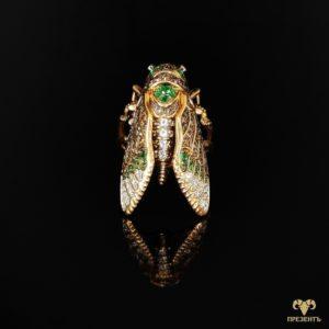 Золотое кольцо Цикада с эмалью и кубическим цирконием