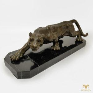 Бронзовая скульптура Пантера на охоте