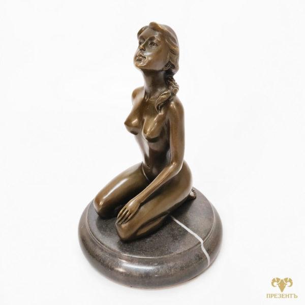 Оригинальный подарок для мужчины, нестандартный подарок мужу, уникальный подарок начальнику, необычный подарок боссу, голая женщина статуэтка