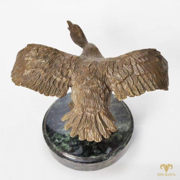 бронзовый гусь сувенир, сувенир пара птиц, сувенир пара гусей, сувенир для охотника, сувенир подарок охотнику, необычный подарок охотнику